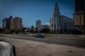 Le macchine americane sono un must a Cuba, per quanto risultino a noi così folcloriste e di altri tempi, sono i normali mezzi di spostamento dei cittadini.