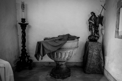 Una delle croci che saranno portate in processione - Obidos